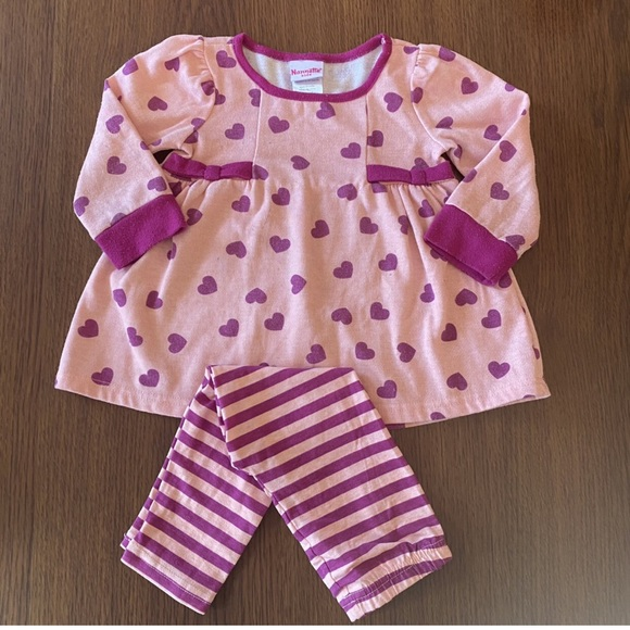 Toddler set with heart and stripe